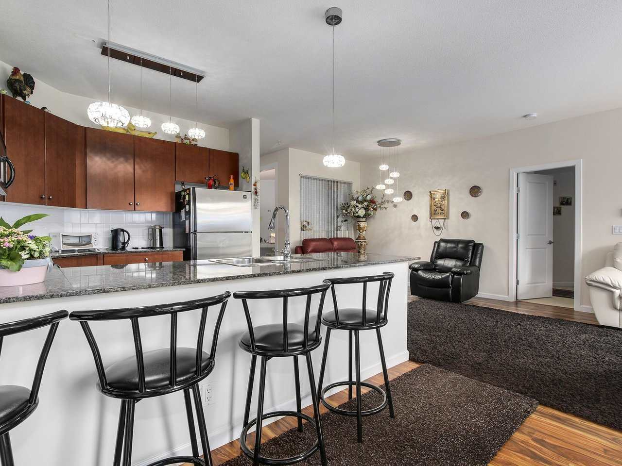 Condo Apartment at 203 10180 153 STREET, Unit 203, North Surrey, British Columbia. Image 9