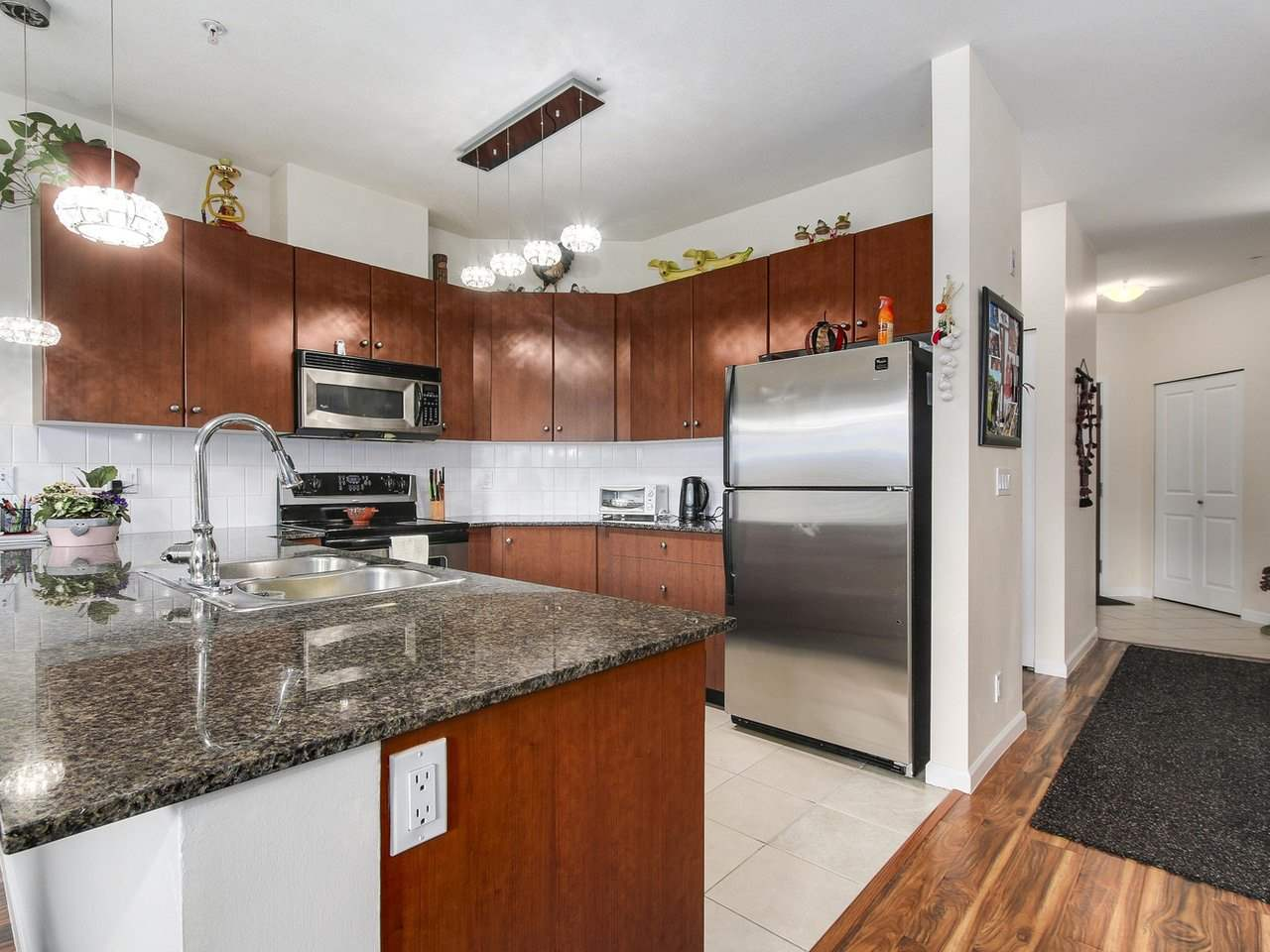 Condo Apartment at 203 10180 153 STREET, Unit 203, North Surrey, British Columbia. Image 10
