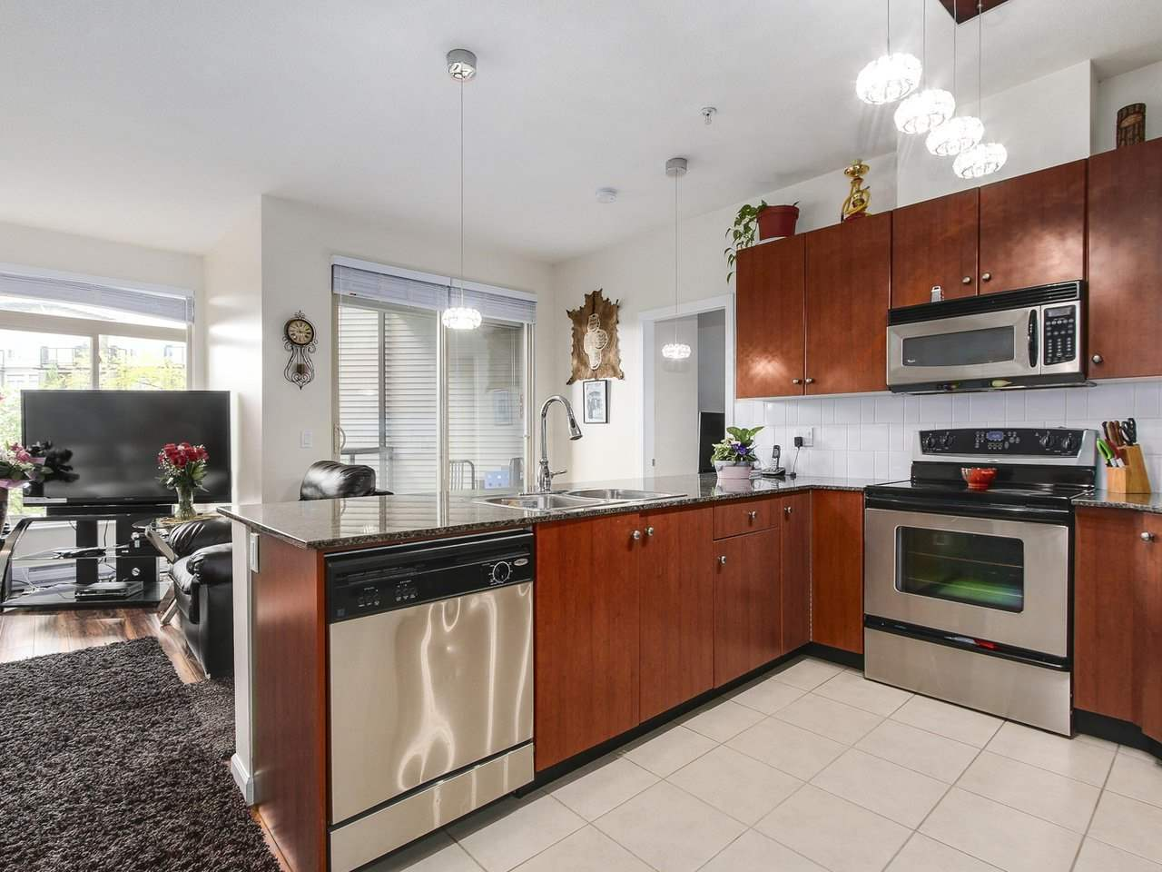 Condo Apartment at 203 10180 153 STREET, Unit 203, North Surrey, British Columbia. Image 11