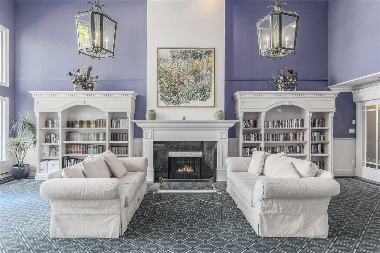 Condo Apartment at 113 5735 HAMPTON PLACE, Unit 113, Vancouver West, British Columbia. Image 13