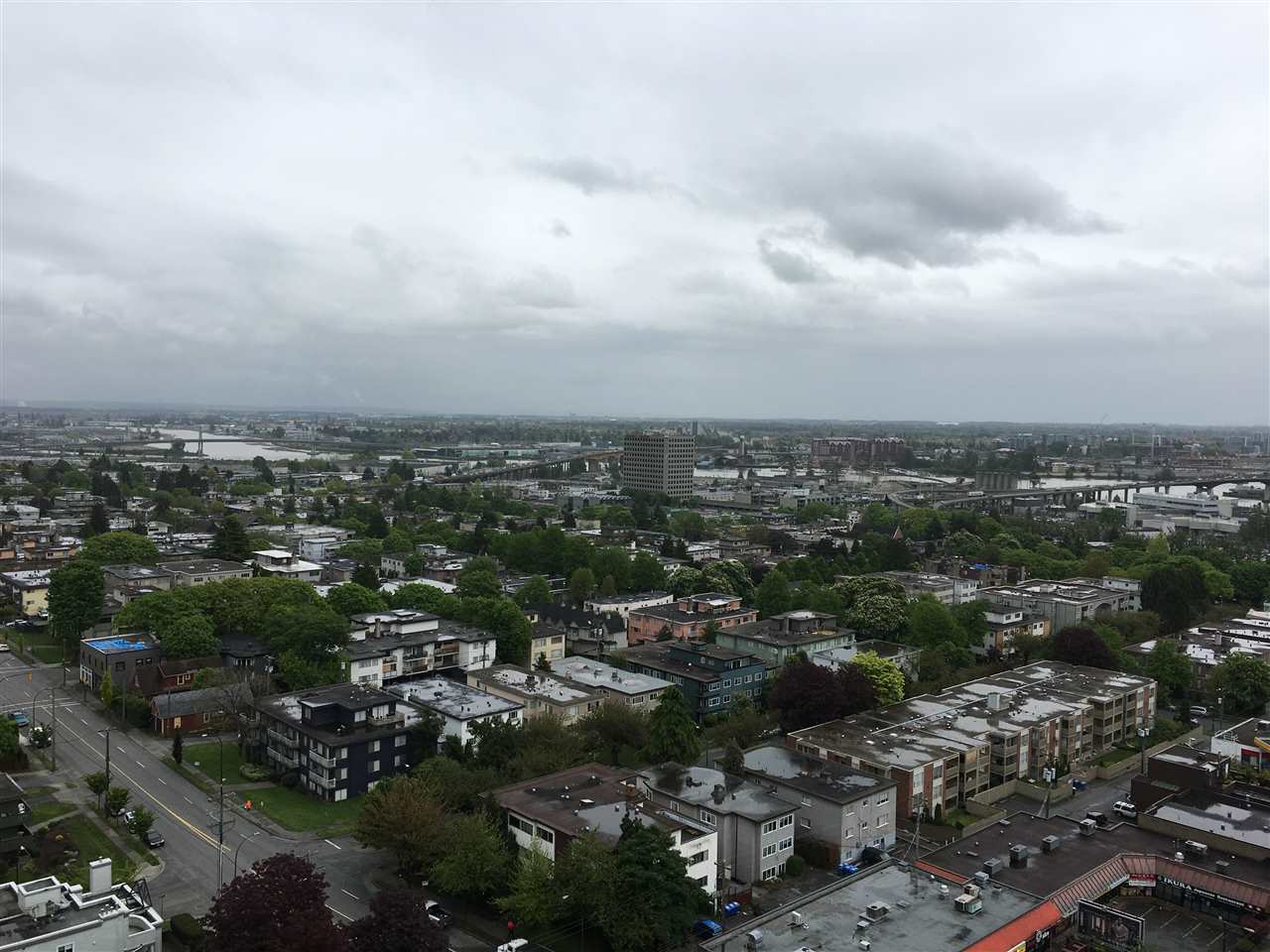 Condo Apartment at 2107 8555 GRANVILLE STREET, Unit 2107, Vancouver West, British Columbia. Image 1