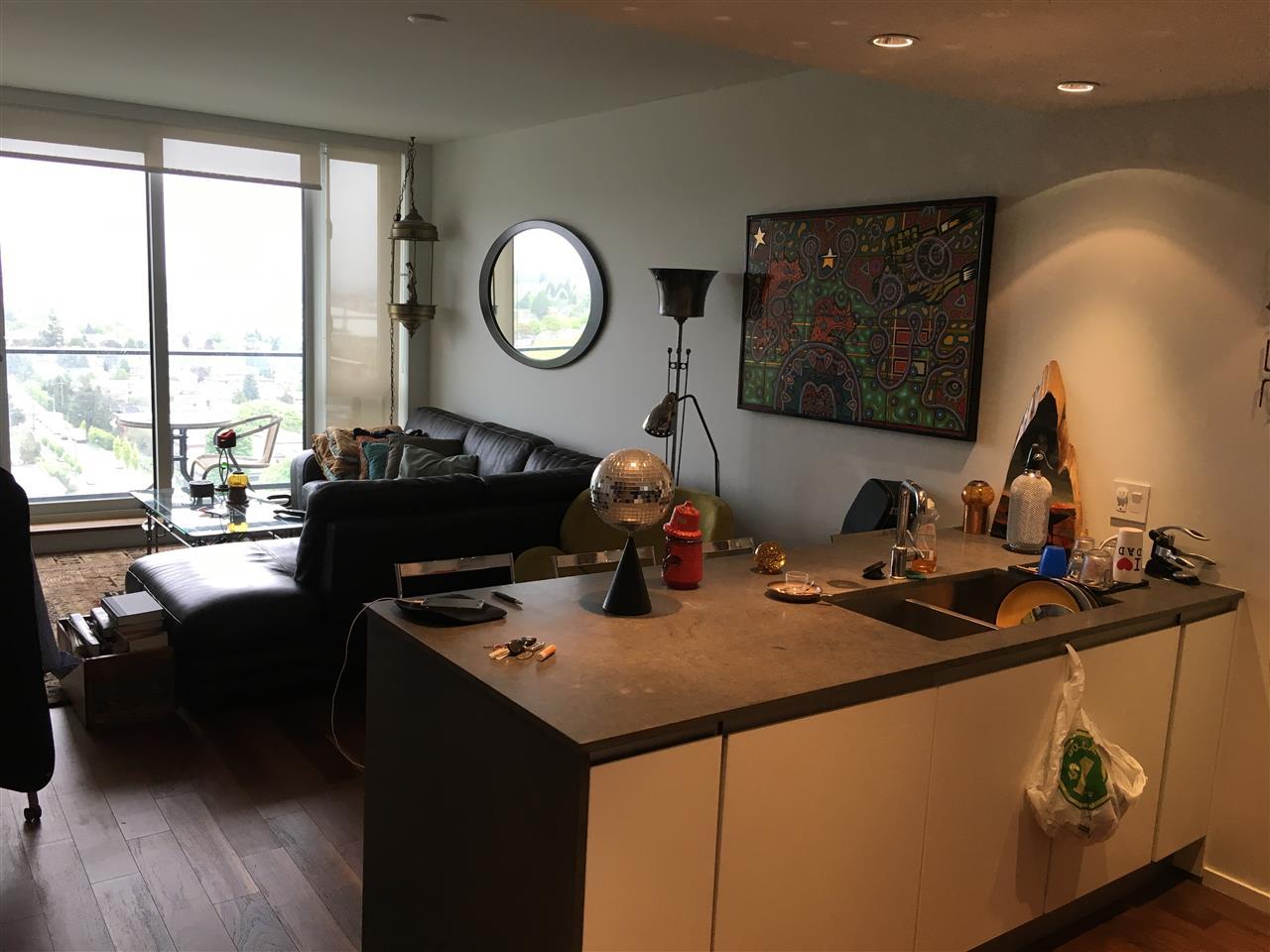 Condo Apartment at 2107 8555 GRANVILLE STREET, Unit 2107, Vancouver West, British Columbia. Image 7