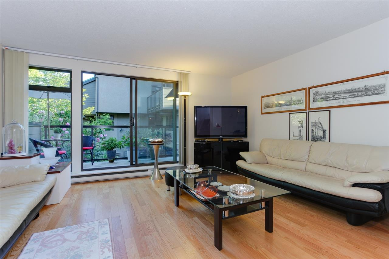 Townhouse at 774 MILLBANK, Vancouver West, British Columbia. Image 5