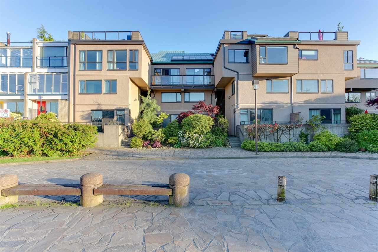 Townhouse at 774 MILLBANK, Vancouver West, British Columbia. Image 20