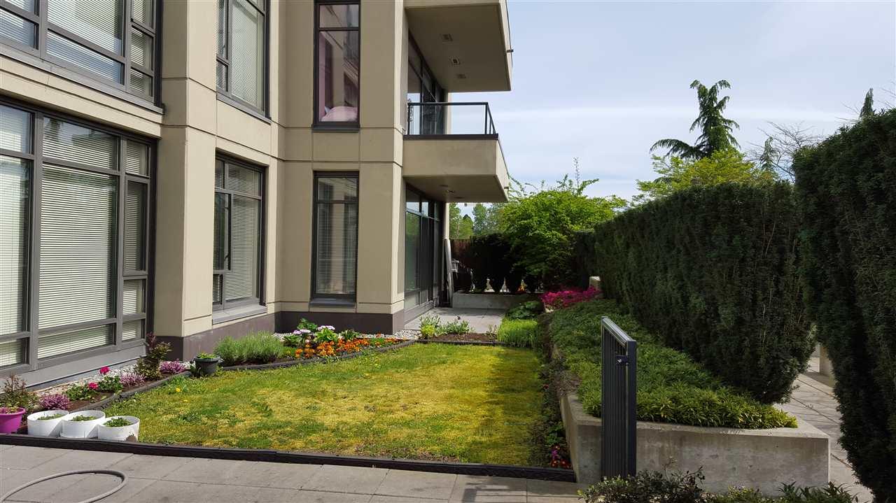 Condo Apartment at 305 4250 DAWSON STREET, Unit 305, Burnaby North, British Columbia. Image 9