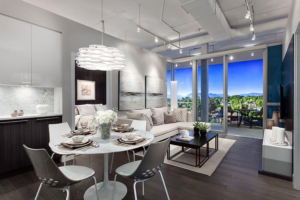 Condo Apartment at 601 677 W 41ST AVENUE, Unit 601, Vancouver West, British Columbia. Image 2