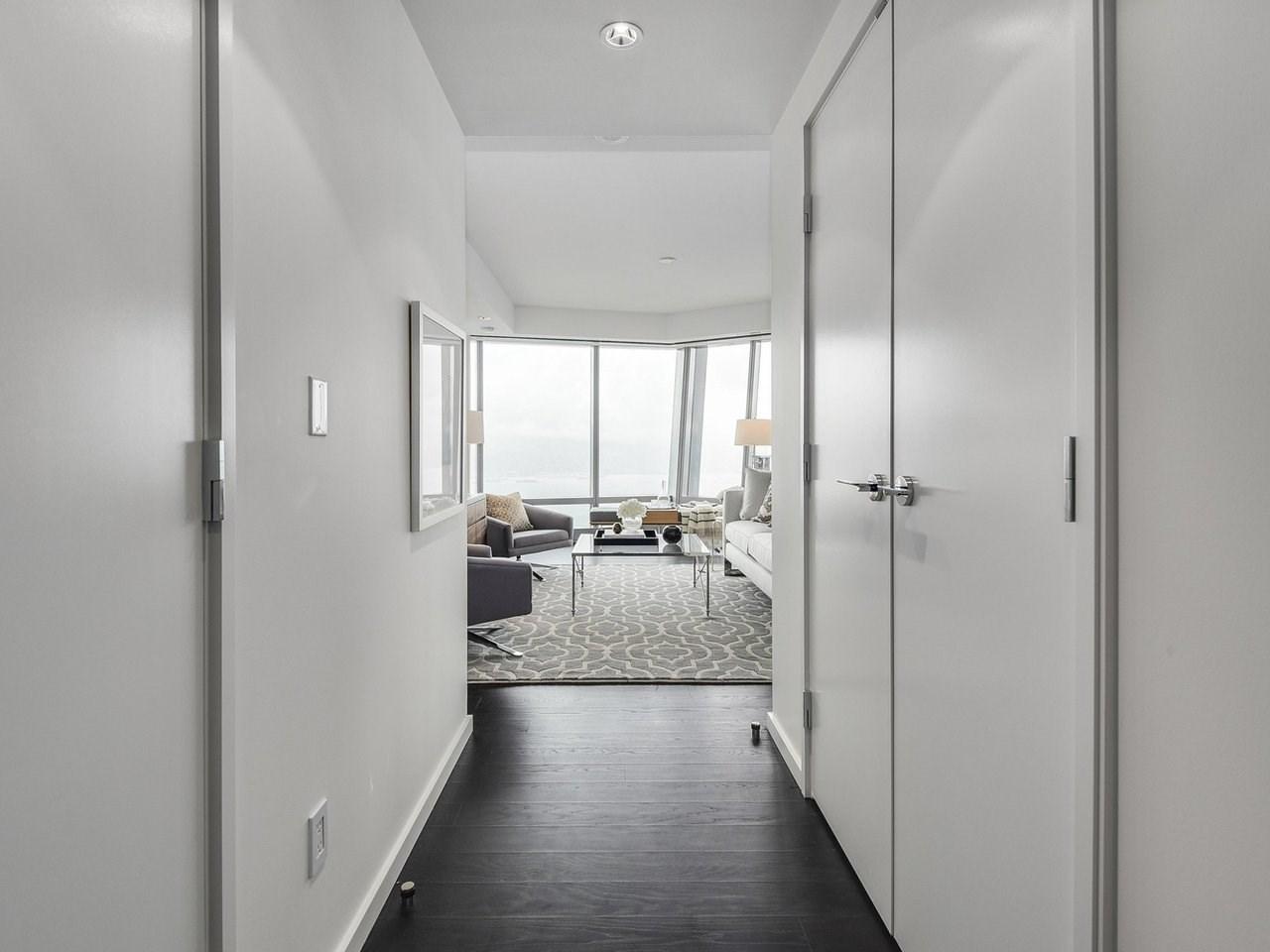 Condo Apartment at 5006 1151 W GEORGIA STREET, Unit 5006, Vancouver West, British Columbia. Image 2