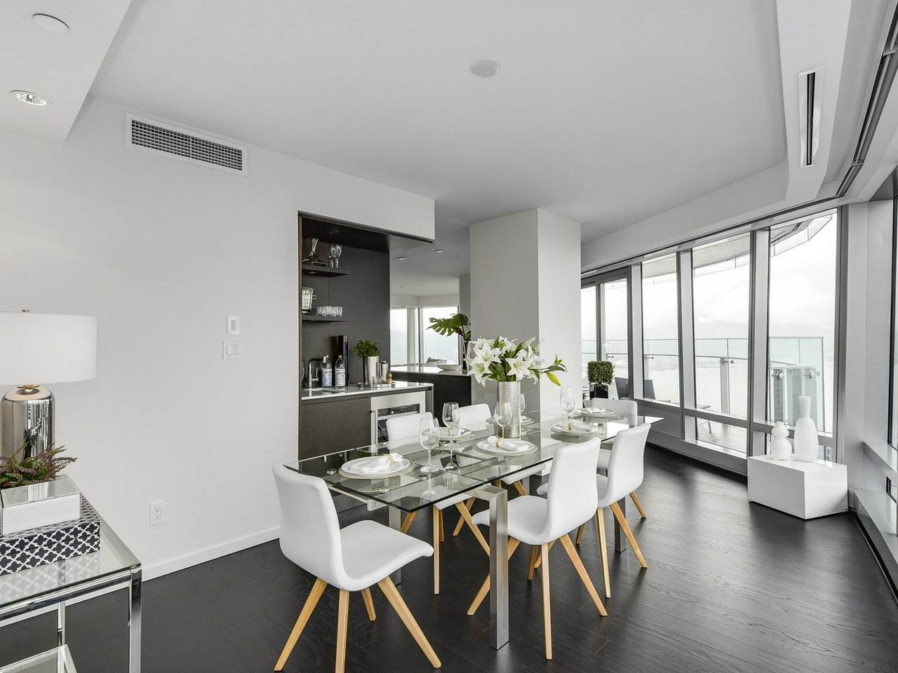 Condo Apartment at 5006 1151 W GEORGIA STREET, Unit 5006, Vancouver West, British Columbia. Image 9