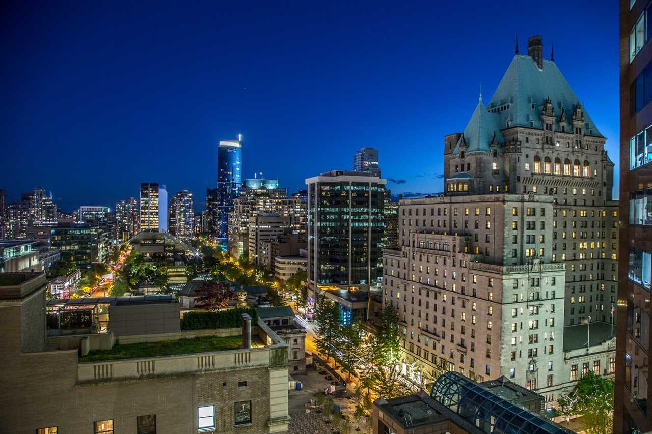 Condo Apartment at 1602 667 HOWE STREET, Unit 1602, Vancouver West, British Columbia. Image 20