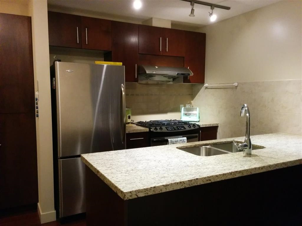 Condo Apartment at 901 8288 LANSDOWNE ROAD, Unit 901, Richmond, British Columbia. Image 8