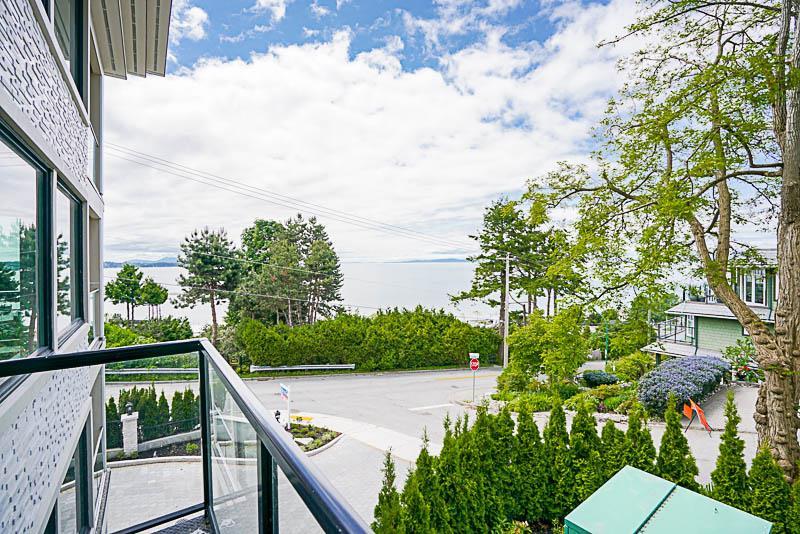 Condo Apartment at 1 15021 BUENA VISTA AVENUE, Unit 1, South Surrey White Rock, British Columbia. Image 18