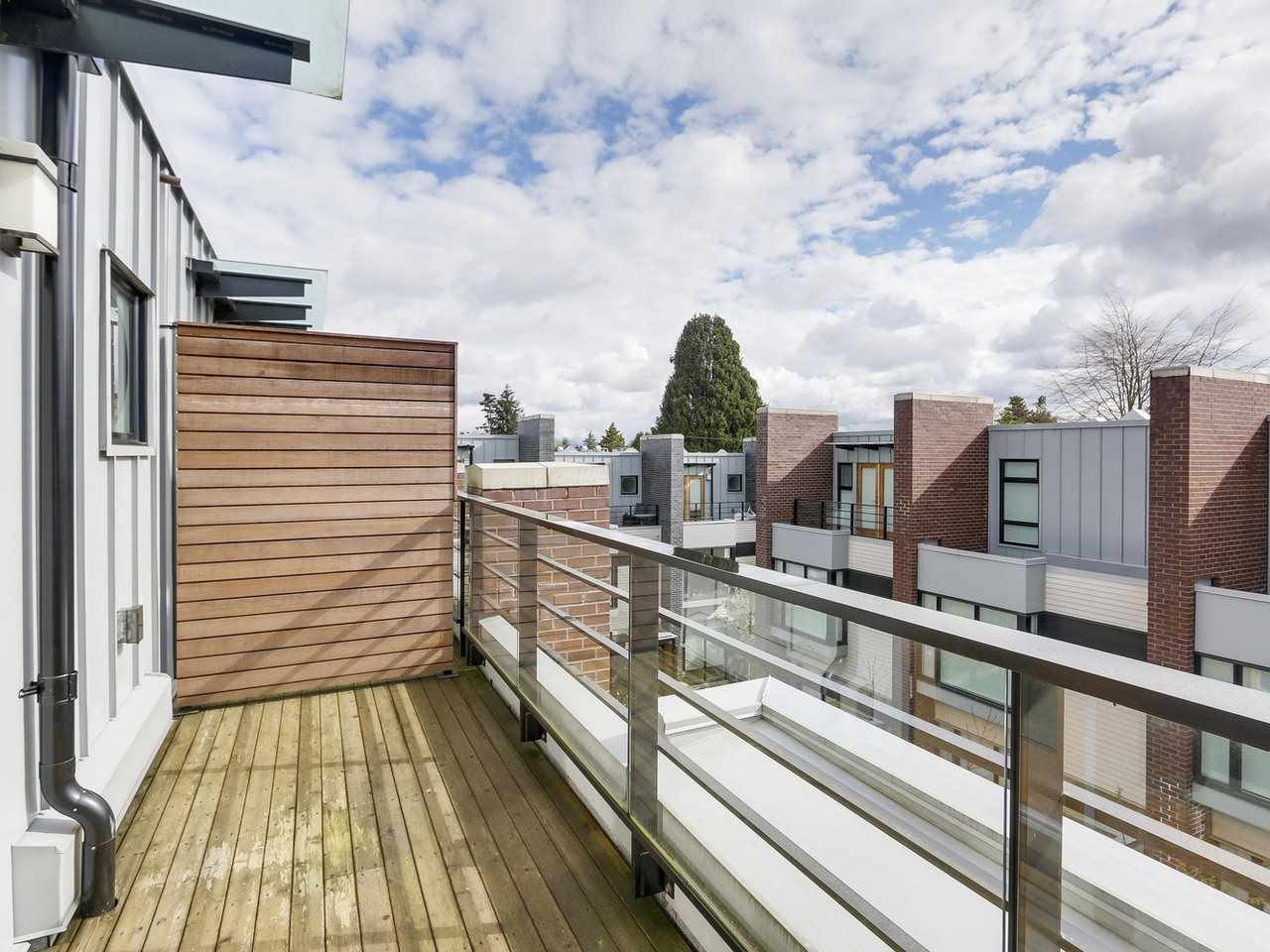Townhouse at 6130 OAK STREET, Vancouver West, British Columbia. Image 12