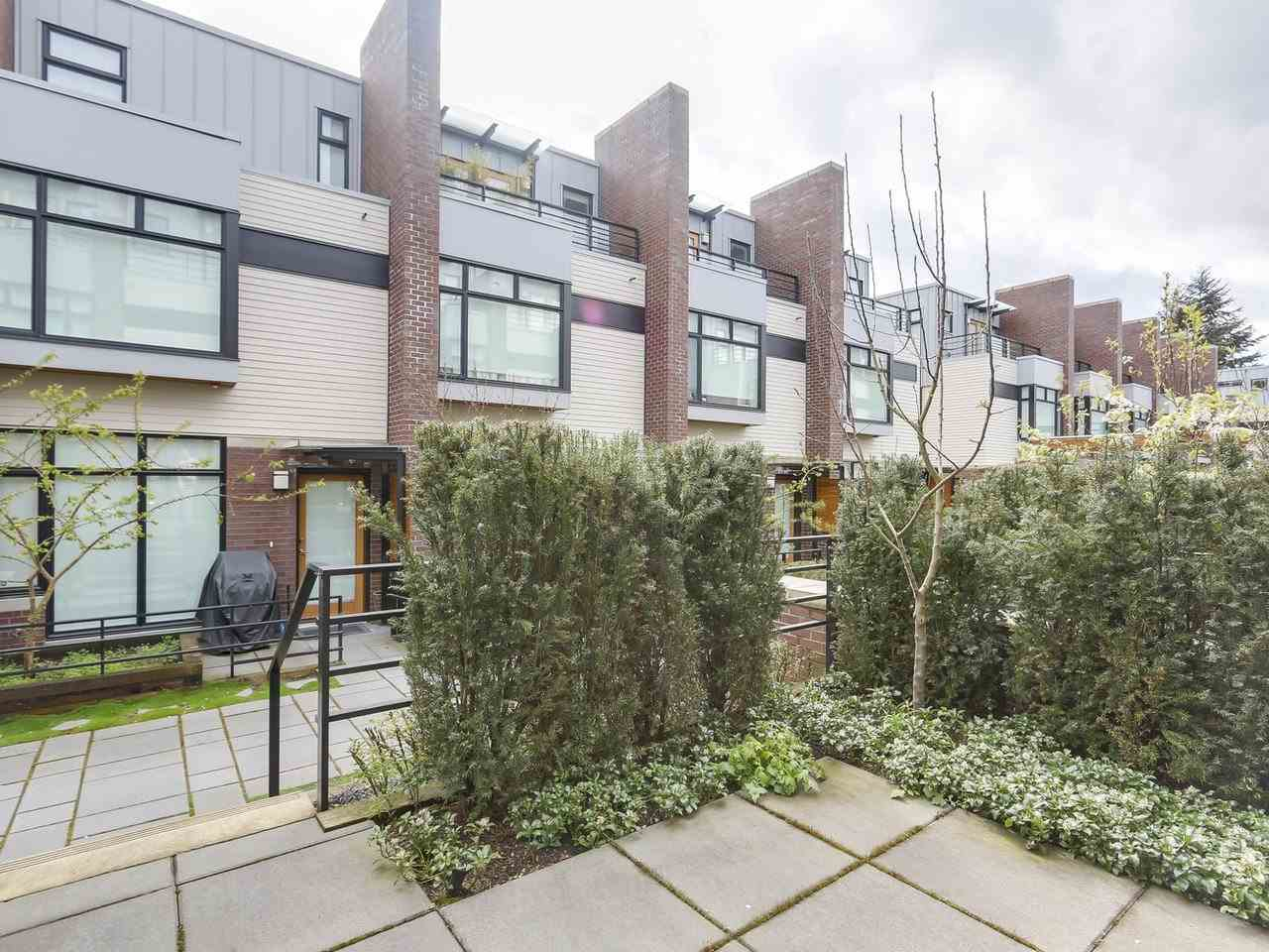 Townhouse at 6130 OAK STREET, Vancouver West, British Columbia. Image 20