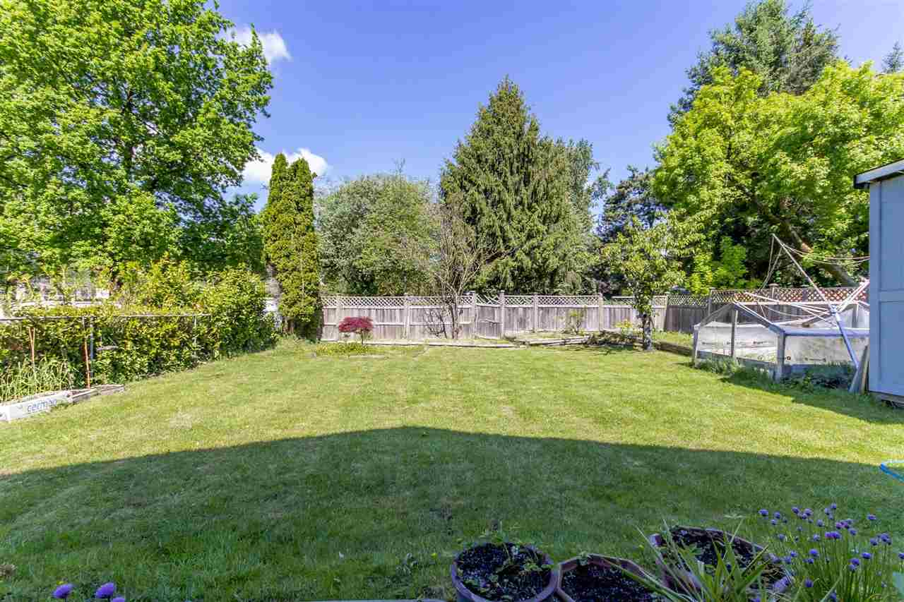 Detached at 7549 10TH AVENUE, Burnaby East, British Columbia. Image 8