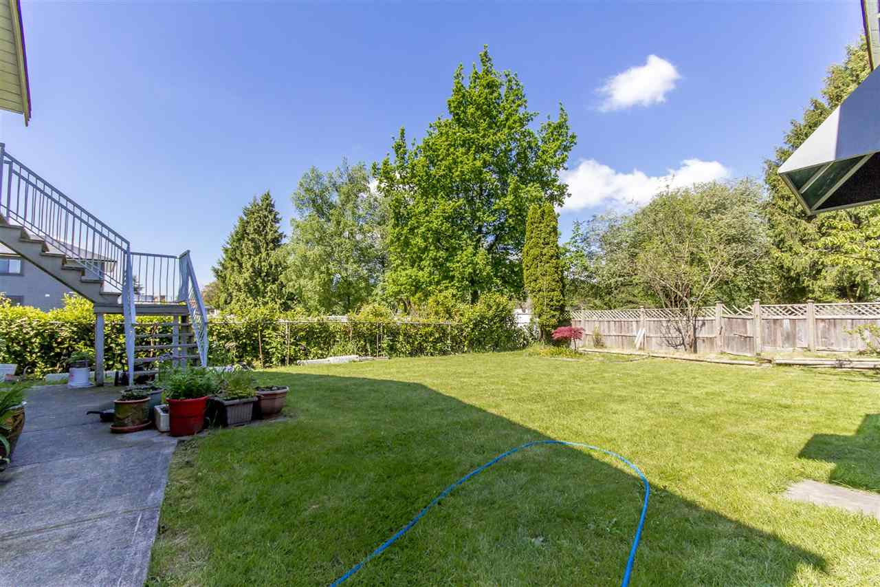 Detached at 7549 10TH AVENUE, Burnaby East, British Columbia. Image 9