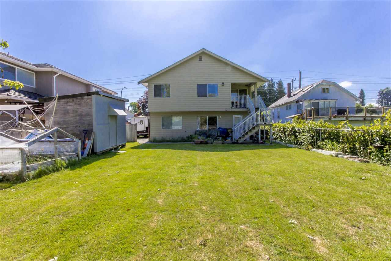 Detached at 7549 10TH AVENUE, Burnaby East, British Columbia. Image 10