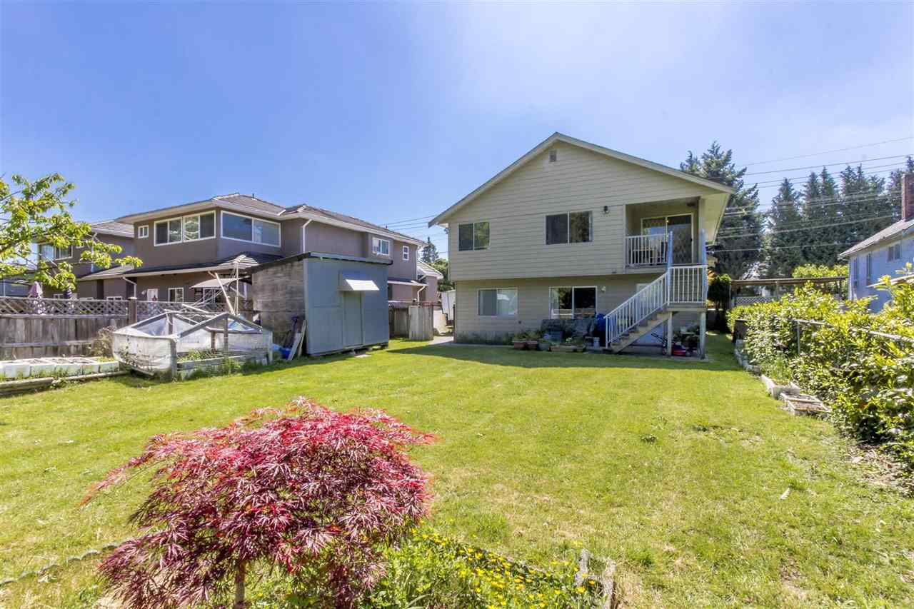 Detached at 7549 10TH AVENUE, Burnaby East, British Columbia. Image 11