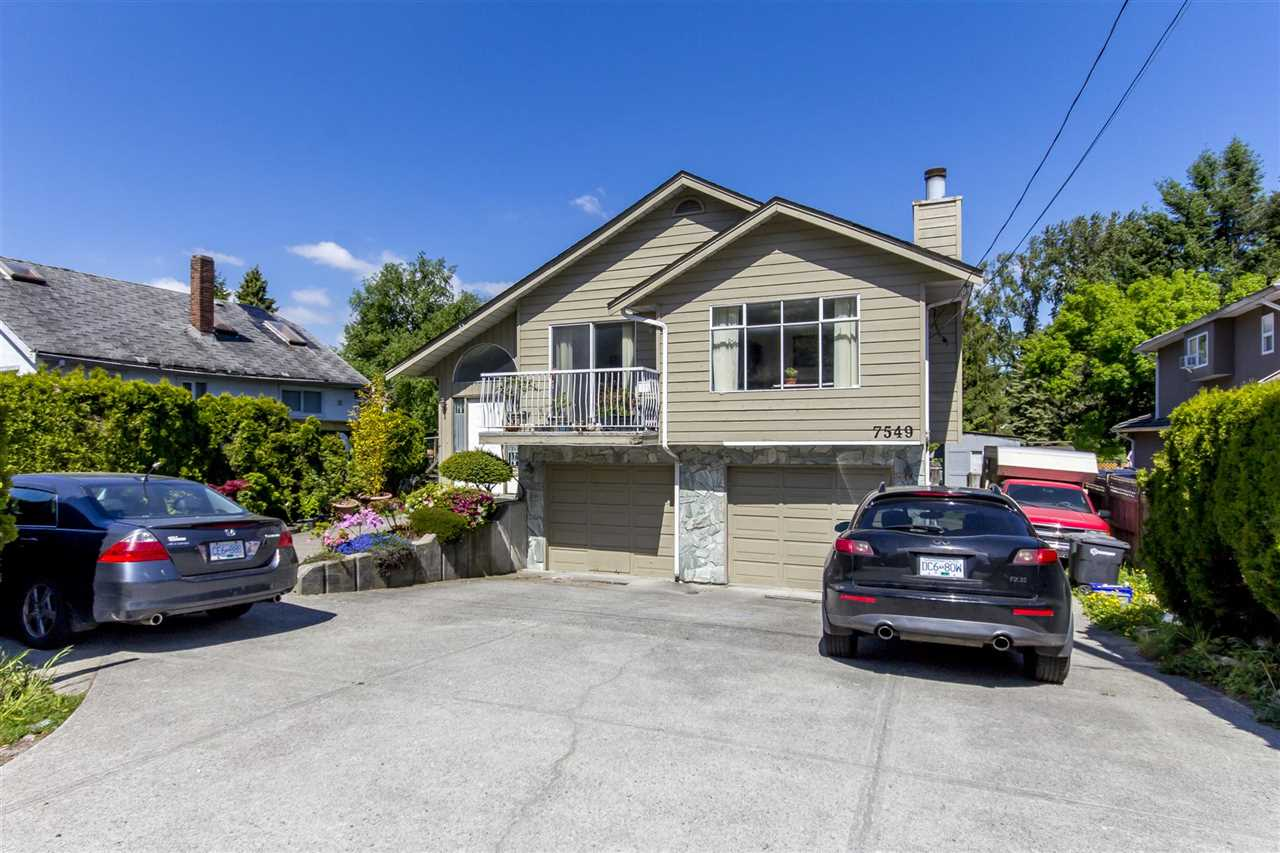 Detached at 7549 10TH AVENUE, Burnaby East, British Columbia. Image 12