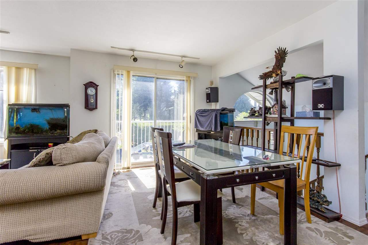 Detached at 7549 10TH AVENUE, Burnaby East, British Columbia. Image 15
