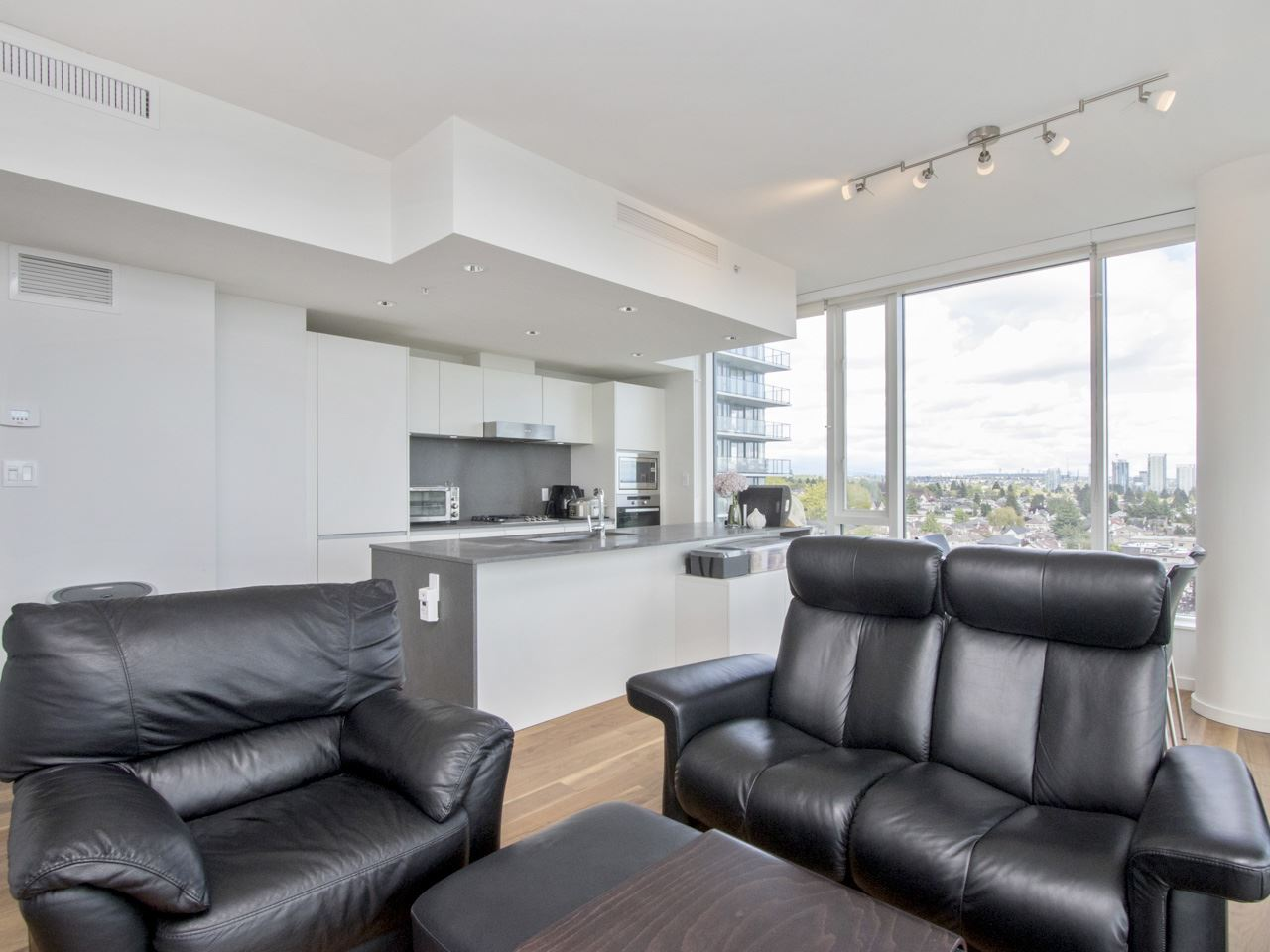 Condo Apartment at 1207 8588 CORNISH STREET, Unit 1207, Vancouver West, British Columbia. Image 10