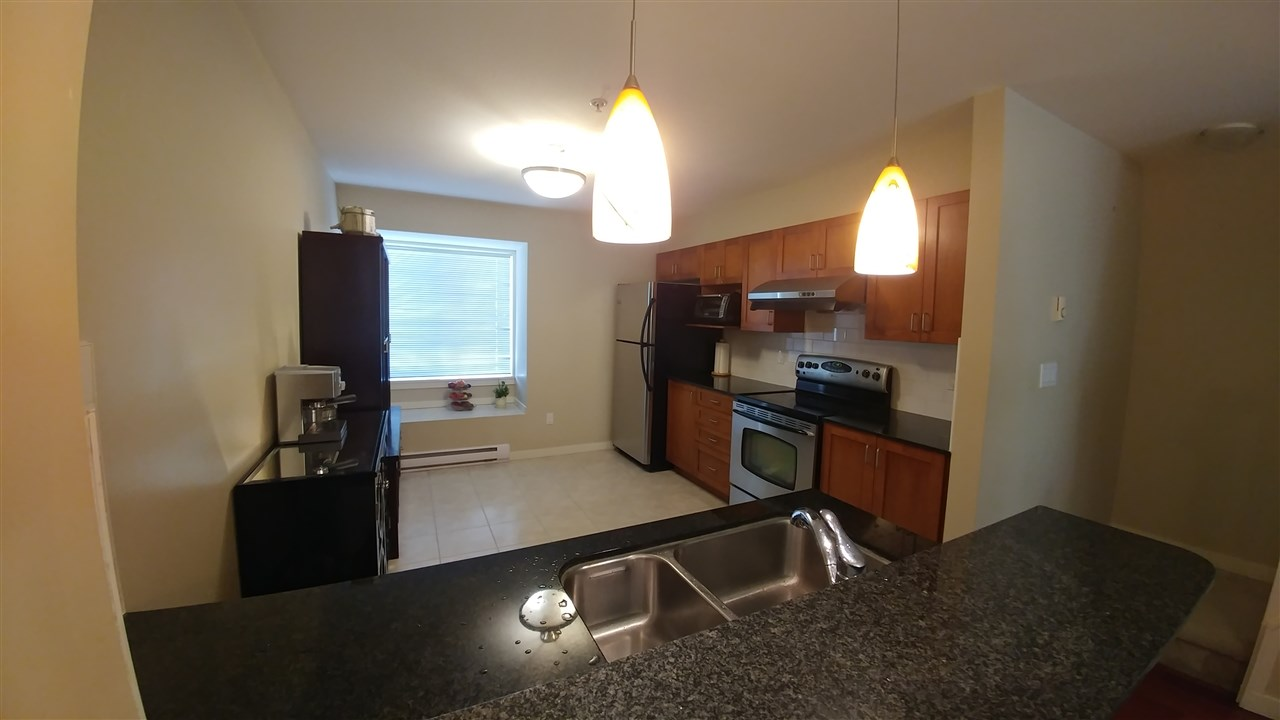 Townhouse at 3 6498 ELGIN AVENUE, Unit 3, Burnaby South, British Columbia. Image 4
