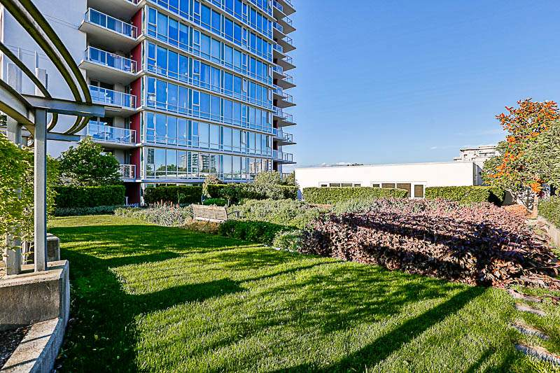 Condo Apartment at 312 6733 BUSWELL STREET, Unit 312, Richmond, British Columbia. Image 3
