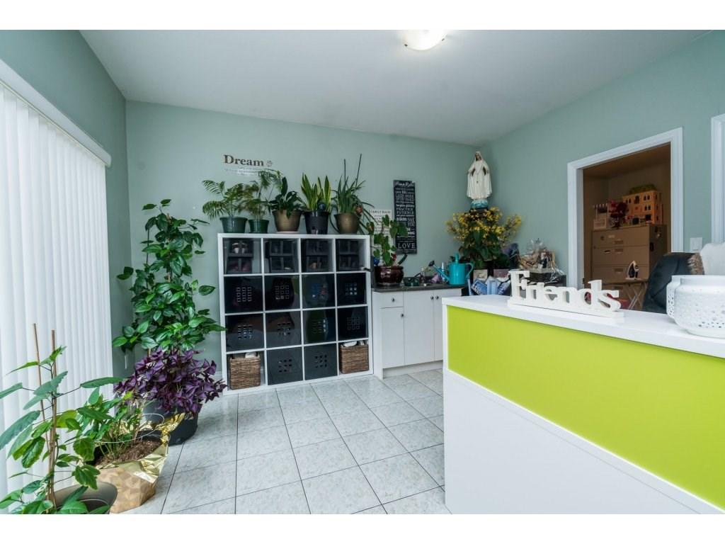 Half-duplex at 7968 WEDGEWOOD STREET, Burnaby South, British Columbia. Image 10