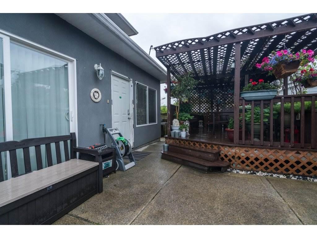 Half-duplex at 7968 WEDGEWOOD STREET, Burnaby South, British Columbia. Image 18