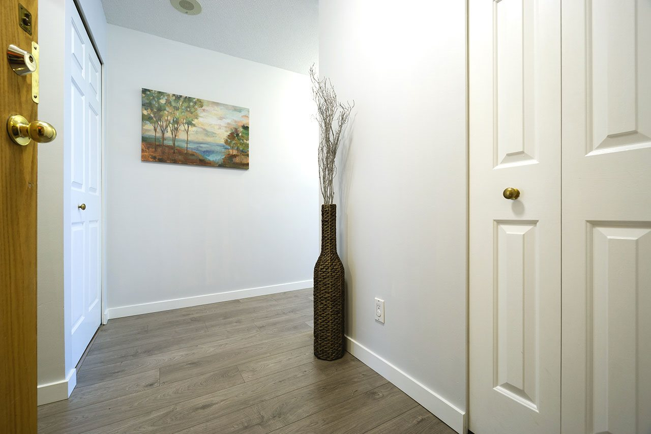 Condo Apartment at 600 5967 WILSON AVENUE, Unit 600, Burnaby South, British Columbia. Image 6