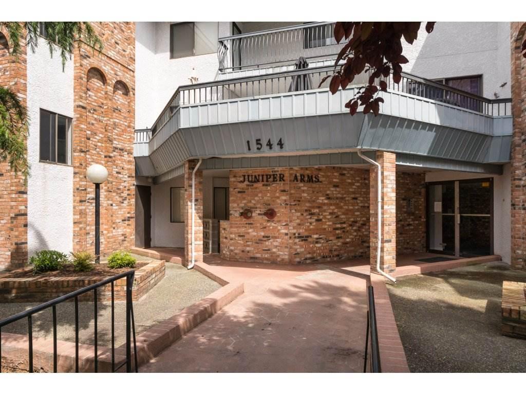 Condo Apartment at 302 1544 FIR STREET, Unit 302, South Surrey White Rock, British Columbia. Image 2