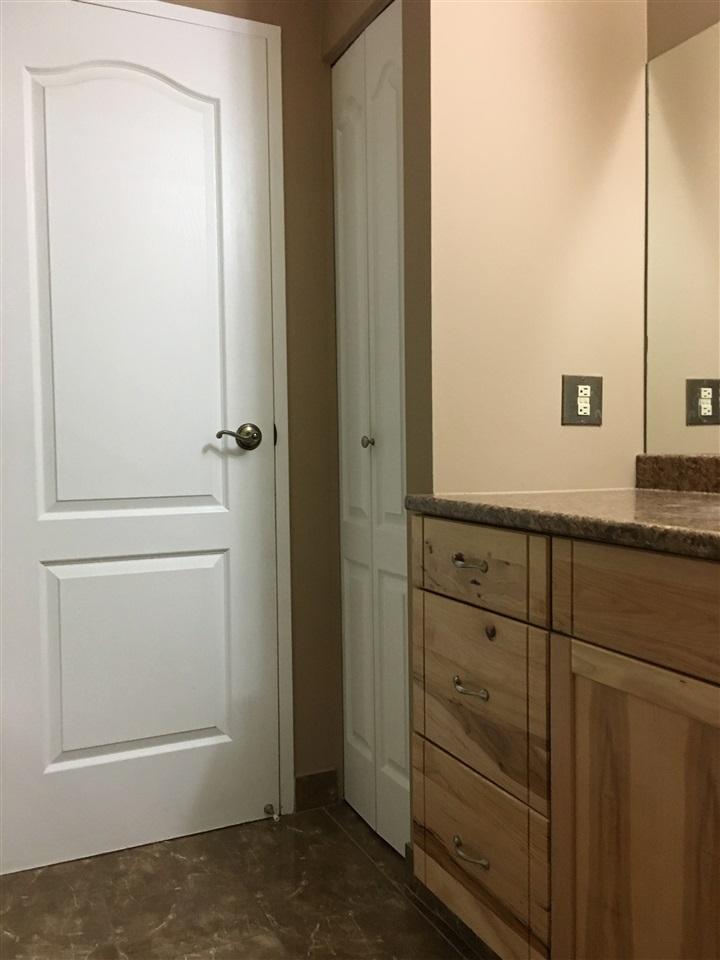 Condo Apartment at 302 1544 FIR STREET, Unit 302, South Surrey White Rock, British Columbia. Image 15