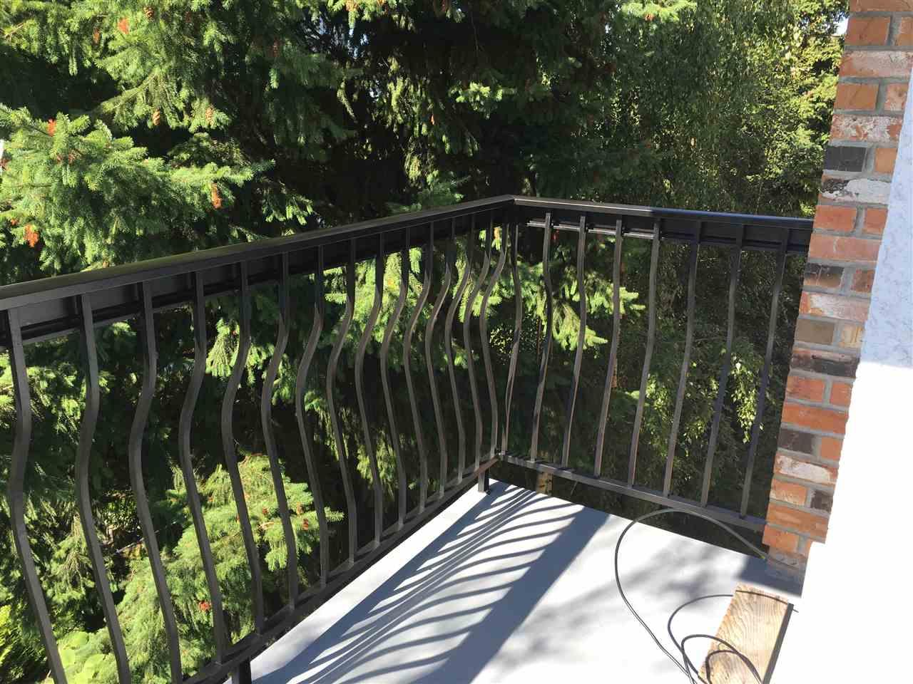 Condo Apartment at 302 1544 FIR STREET, Unit 302, South Surrey White Rock, British Columbia. Image 16