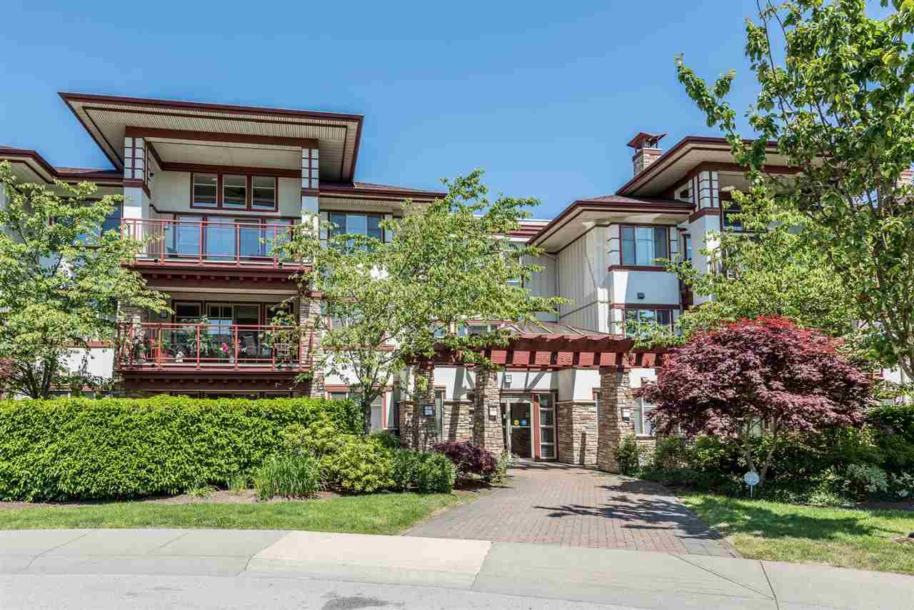 Condo Apartment at 201 16499 64TH AVENUE, Unit 201, Cloverdale, British Columbia. Image 2