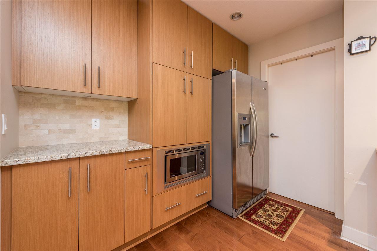Condo Apartment at 201 16499 64TH AVENUE, Unit 201, Cloverdale, British Columbia. Image 4