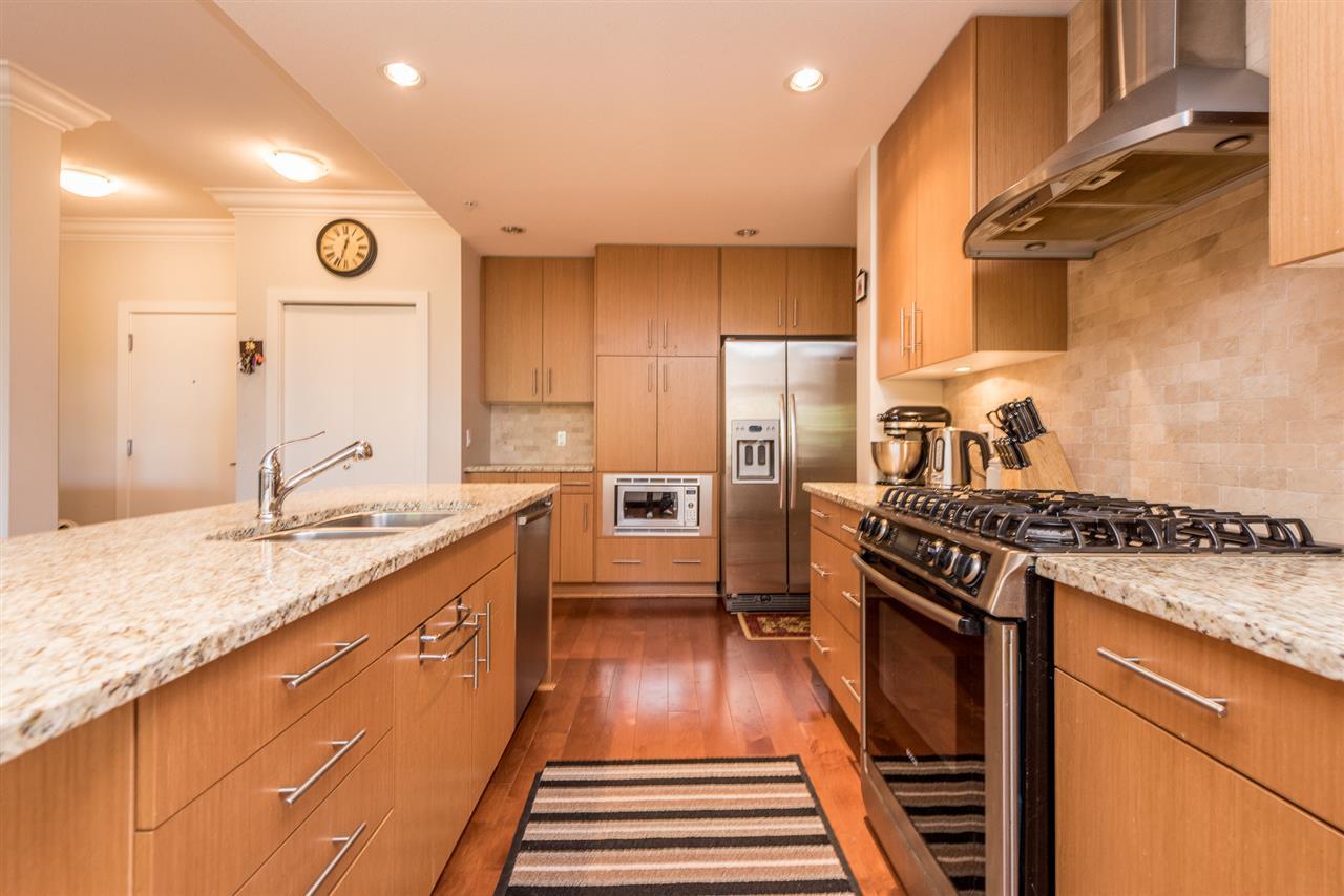 Condo Apartment at 201 16499 64TH AVENUE, Unit 201, Cloverdale, British Columbia. Image 5