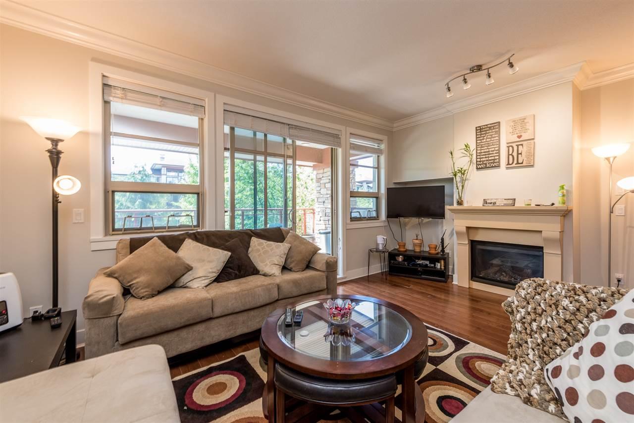 Condo Apartment at 201 16499 64TH AVENUE, Unit 201, Cloverdale, British Columbia. Image 9
