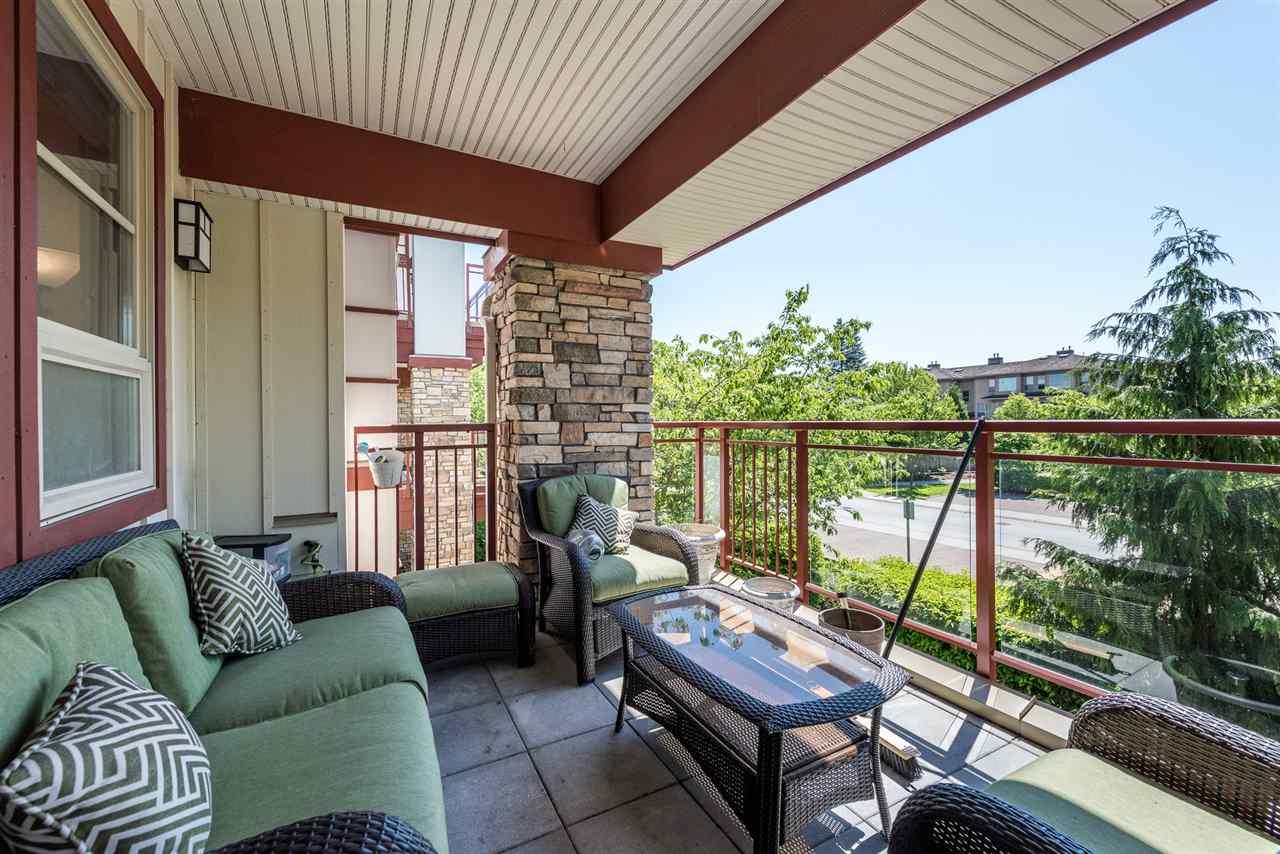 Condo Apartment at 201 16499 64TH AVENUE, Unit 201, Cloverdale, British Columbia. Image 13