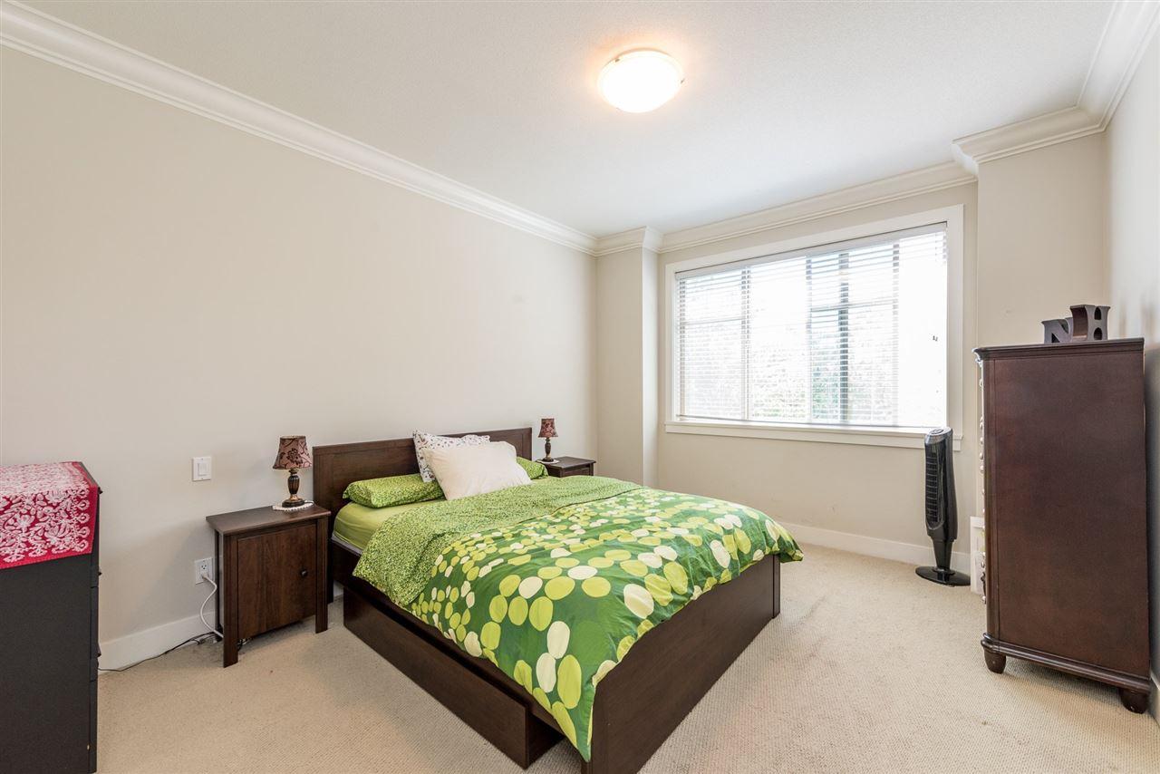 Condo Apartment at 201 16499 64TH AVENUE, Unit 201, Cloverdale, British Columbia. Image 17