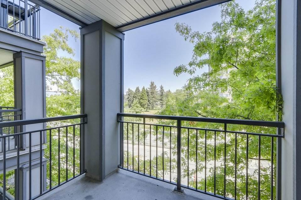 Condo Apartment at 310 10455 UNIVERSITY DRIVE, Unit 310, North Surrey, British Columbia. Image 11