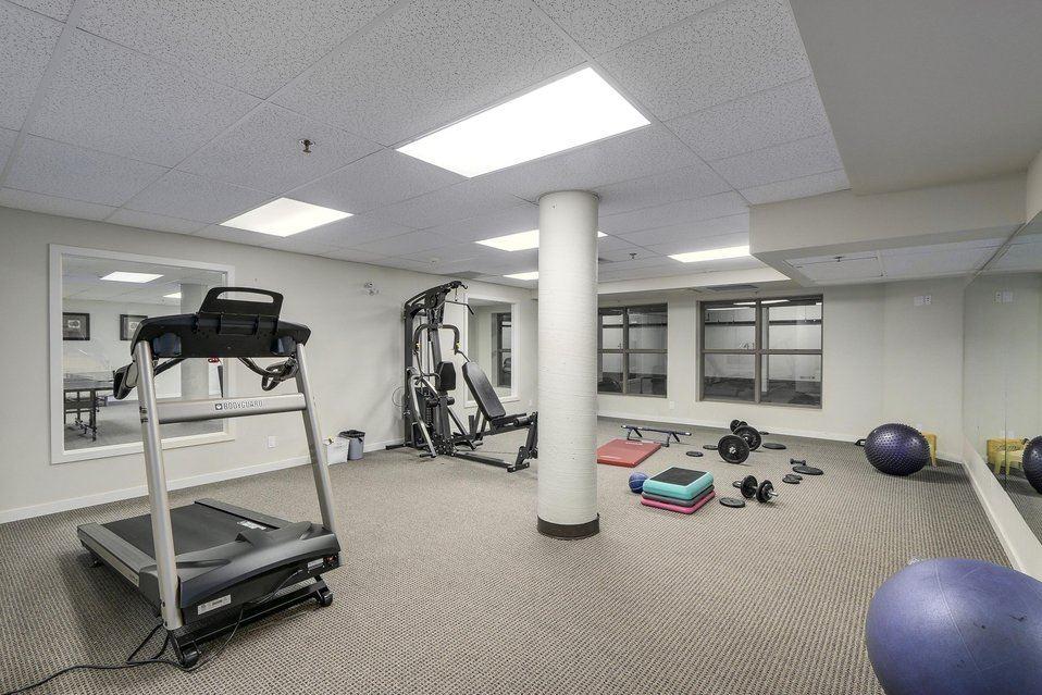 Condo Apartment at 310 10455 UNIVERSITY DRIVE, Unit 310, North Surrey, British Columbia. Image 13