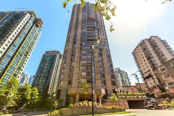 Condo Apartment at 1903 738 BROUGHTON STREET, Unit 1903, Vancouver West, British Columbia. Image 2
