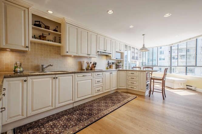 Condo Apartment at 1903 738 BROUGHTON STREET, Unit 1903, Vancouver West, British Columbia. Image 9