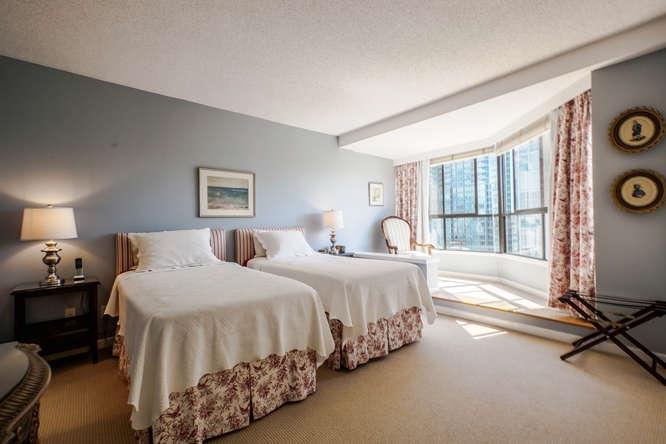 Condo Apartment at 1903 738 BROUGHTON STREET, Unit 1903, Vancouver West, British Columbia. Image 16