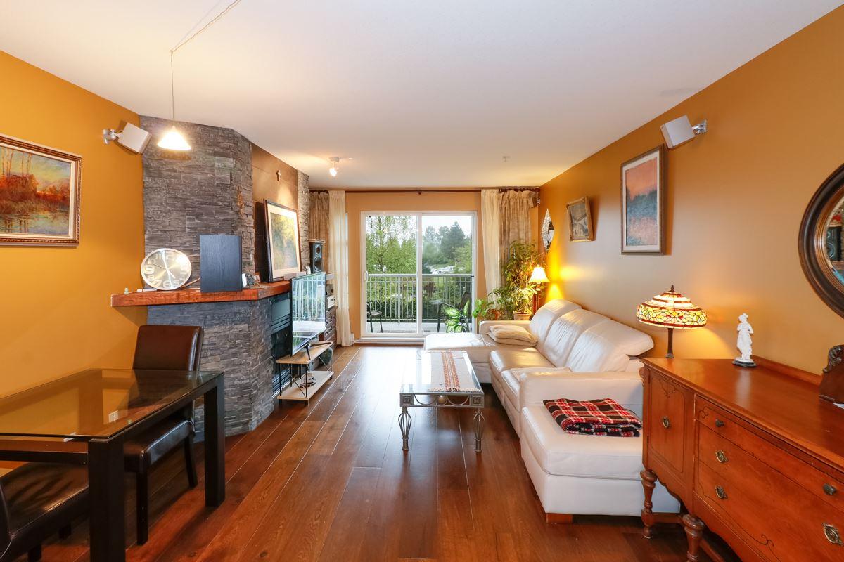 Condo Apartment at 212 1420 PARKWAY BOULEVARD, Unit 212, Coquitlam, British Columbia. Image 8