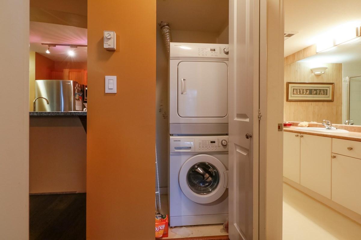 Condo Apartment at 212 1420 PARKWAY BOULEVARD, Unit 212, Coquitlam, British Columbia. Image 11