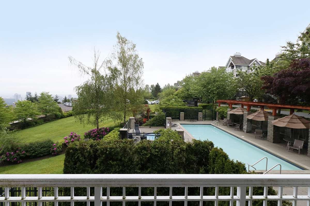 Condo Apartment at 212 1420 PARKWAY BOULEVARD, Unit 212, Coquitlam, British Columbia. Image 17