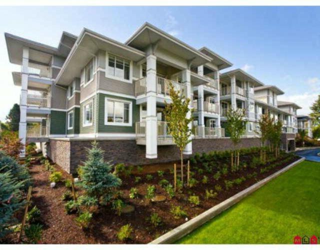 Condo Apartment at 104 46262 FIRST AVENUE, Unit 104, Chilliwack, British Columbia. Image 1