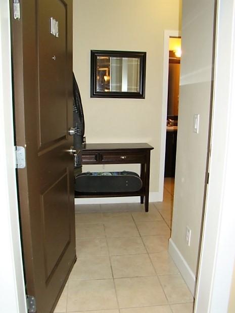 Condo Apartment at 104 46262 FIRST AVENUE, Unit 104, Chilliwack, British Columbia. Image 4
