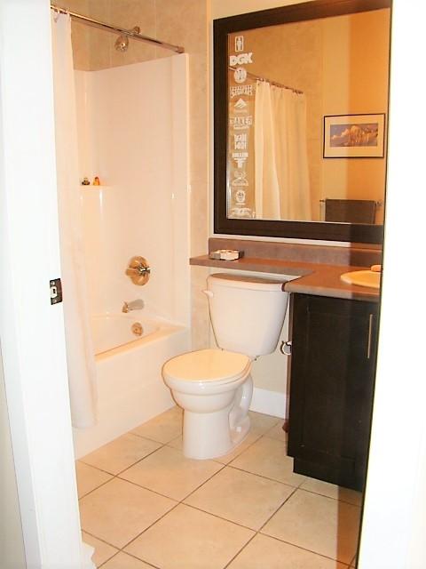 Condo Apartment at 104 46262 FIRST AVENUE, Unit 104, Chilliwack, British Columbia. Image 6