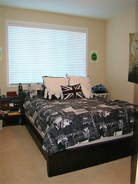 Condo Apartment at 104 46262 FIRST AVENUE, Unit 104, Chilliwack, British Columbia. Image 12